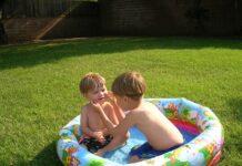 jakie dodatki do basenu ogrodowego kupić dziecku?